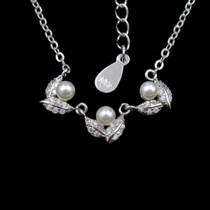 Korean Sample Silver Pearl Necklace Minimalist Style For Engagement