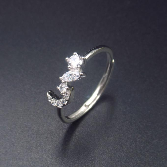 Personalized Jewelry Silver Cubic Zirconia Rings Korean Style With Double Heart Shape