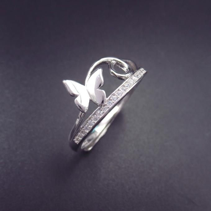 Minimalist Style Round Cubic Zirconia Ring With 925 Silver Thinner Shape