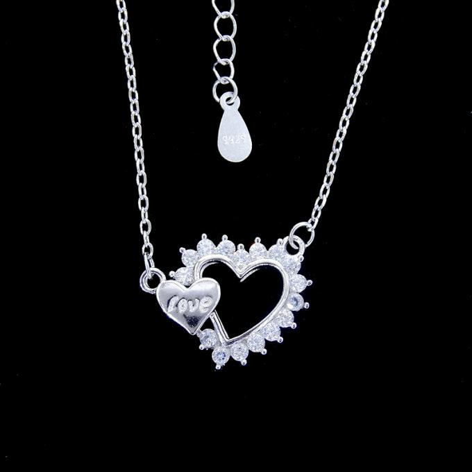 Beautiful Ladies Sterling Silver Cubic Zirconia Heart Necklace Jewelry Korean Style