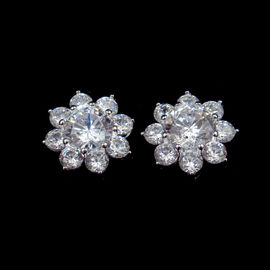 Flower Shape AAA Cubic Zirconia Stud Earrings Aristocratic Silver Jewelry