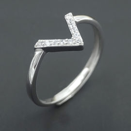 China Real Cubic Zirconia Eternity Ring / Korean Design Style V Shape Rings factory