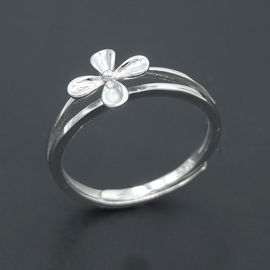 Flower Shape Silver Cubic Zirconia Rings Minimalist Style Pure 925 Silver For Little Girl