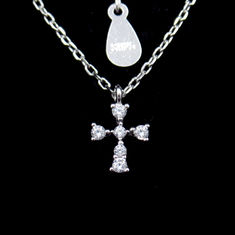 China Beautiful AAA Silver Cubic Zirconia Necklace For Woman Cross Shape factory