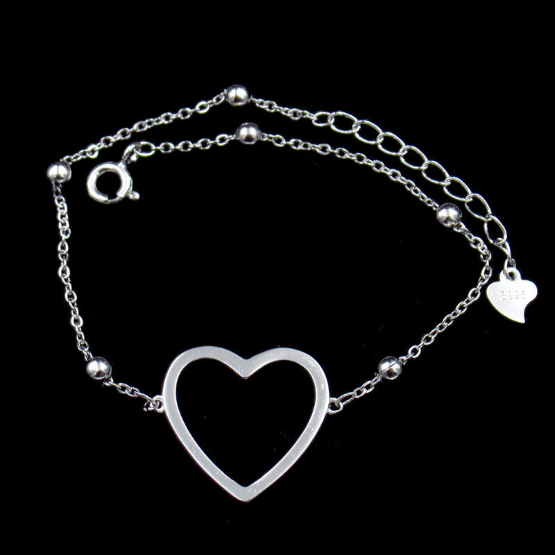 Minimalist Style Plain Silver Bracelet 925 Jewelry Display With Big Heart supplier