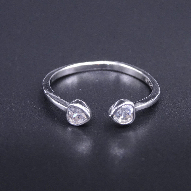 Personalized Jewelry Silver Cubic Zirconia Rings Korean Style With Double Heart Shape supplier