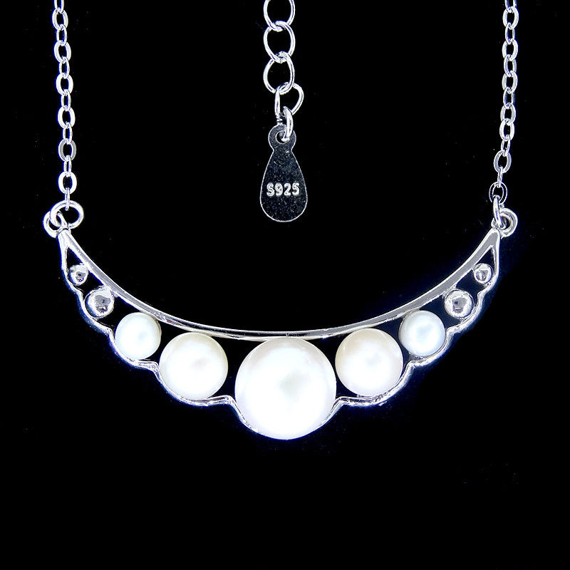 Gorgeous Silver Pearl Necklace / Freshwater Pearl Pendant Necklace For Aristocratic Women supplier