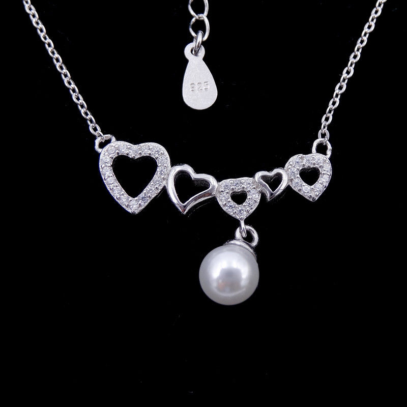Customized Silver Pearl Necklace 925 Sterling Silver Jewellery With Hearts Shape supplier