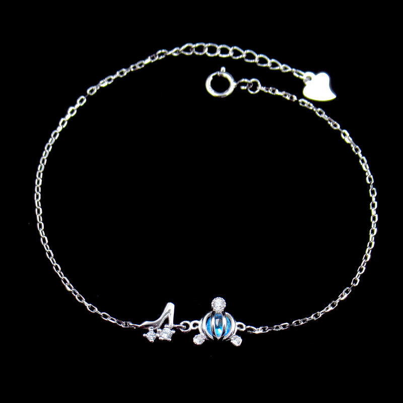 Fashionable Woman Silver Cubic Zirconia Bracelet OEM ODM Offer Design